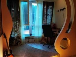 Продается 3-комнатная квартира Комарова пр-кт, 68.2  м², 6050000 рублей