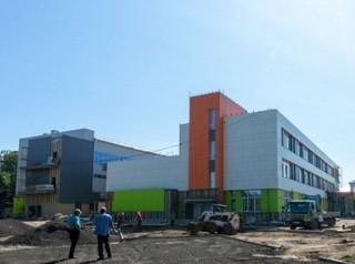 В Иркутске завершается строительство двух школ