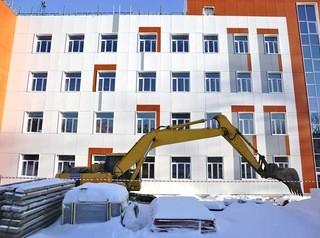 Новую школу в «Родниках» построят к декабрю