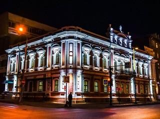На фасадах домов на улице Дубровинского к декабрю появится подсветка