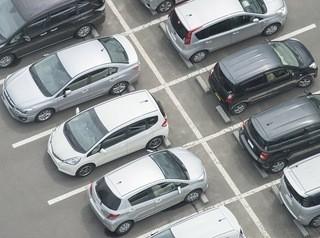 В новом микрорайоне на Федоровского сократят количество парковок