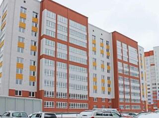 В жилом комплексе «Дружный-2» заселяют первый из построенных домов