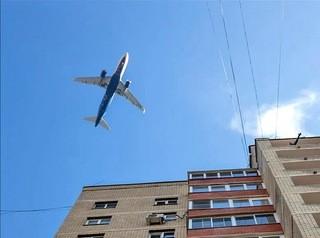 Охранные зоны вокруг аэропорта запрещают и ограничивают строительство на большей части Барнаула