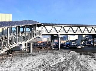 Больше пешеходных мостов будут строить из алюминия