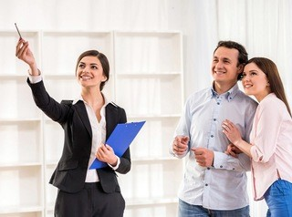 Покупатели выбирают квартиру в течение трех месяцев