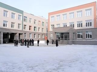 Новый лицей в Кольцово с тиром и бассейном готовится к открытию