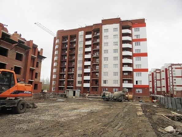 Фото Жилой комплекс КОСМИЧЕСКИЙ, дом 8, Май 2018