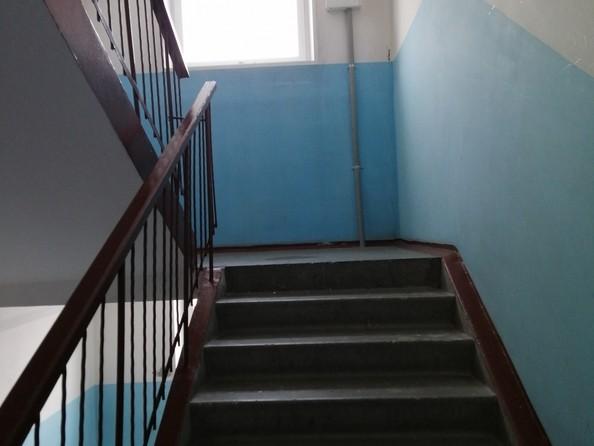 Продам 3-комнатную, 69 м2, Матросова ул, 23. Фото 2.