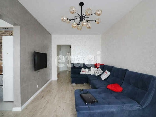 Продам 3-комнатную, 80.5 м², Взлетная ул, 115. Фото 3.
