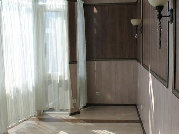 Продам 3-комнатную, 140 м2, Молодежная ул, 3Б. Фото 1.
