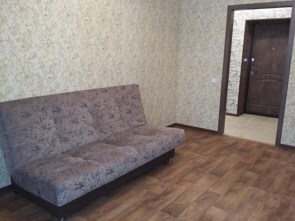 Сдам посуточно в аренду 1-комнатную квартиру, 35 м², Барнаул. Фото 1.
