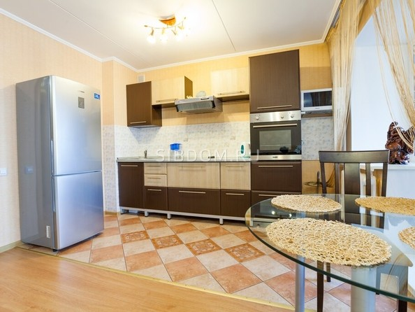 Сдам посуточно в аренду 1-комнатную квартиру, 42 м², Барнаул. Фото 3.
