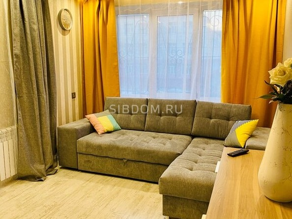Сдам посуточно в аренду 2-комнатную квартиру, 55 м², Барнаул. Фото 1.