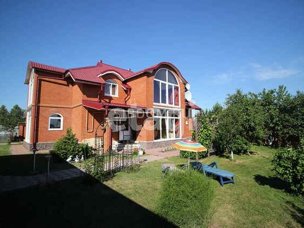 Продам коттедж, 240 м², Барнаул. Фото 2.
