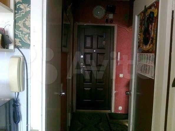 Продам 2-комнатную, 53 м², Декабристов ул, 12/2. Фото 1.