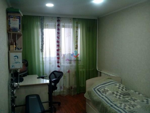 Продам 3-комнатную, 63.6 м², Ленина пр-кт, 251. Фото 4.