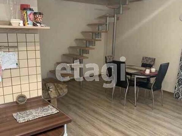 Продам 2-комнатную, 68 м2, Малахова ул, 44. Фото 1.