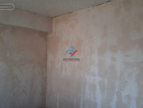 Продам 3-комнатную, 49 м², Светлова ул, 88. Фото 1.