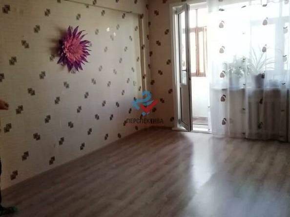 Продам 3-комнатную, 58 м², Тихвинская ул, 32. Фото 2.