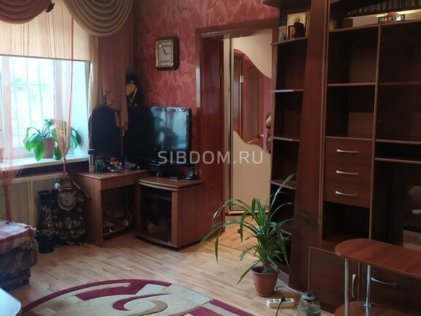 Продам 2-комнатную, 37.2 м², Максима Горького ул, 64А. Фото 3.