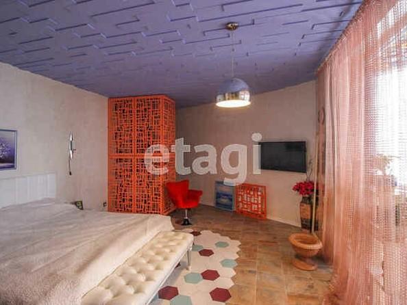 Продам 3-комнатную, 130 м2, Приречная ул, 1. Фото 5.