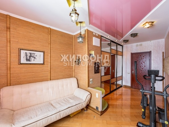 Продам 4-комнатную, 141.7 м², Партизанская ул, 105. Фото 16.