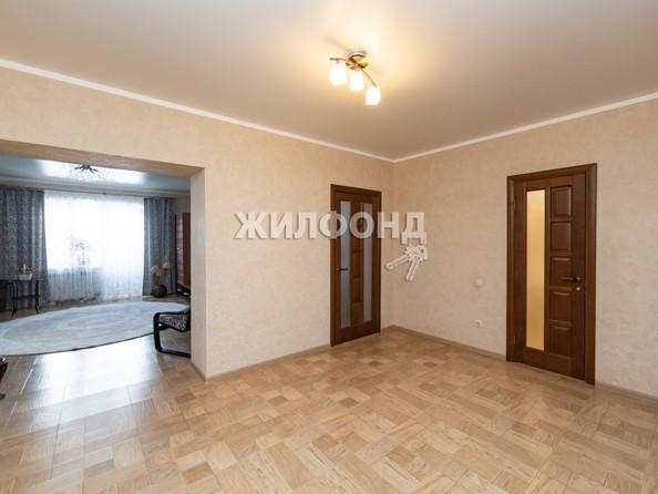 Продам 4-комнатную, 120 м², Змеиногорский тракт, 104п5. Фото 18.