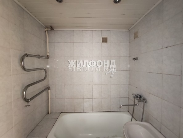 Продам 2-комнатную, 60.3 м², Гагарина ул, 23а. Фото 2.