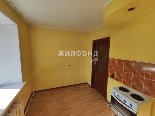 Продам 2-комнатную, 60.3 м², Гагарина ул, 23а. Фото 5.
