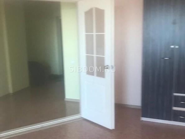 Сдам в аренду 1-комнатную квартиру, 50 м², Барнаул. Фото 2.