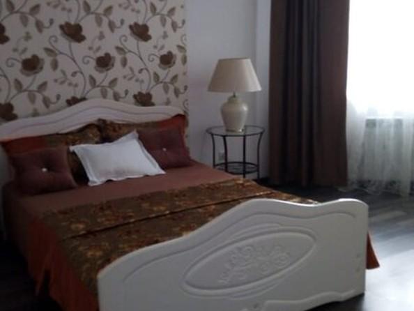 Сдам в аренду 2-комнатную квартиру, 62 м², Барнаул. Фото 3.