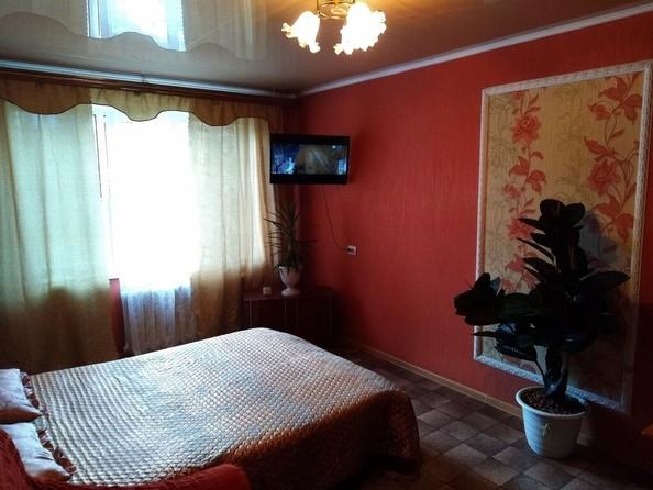 Сдам посуточно в аренду 1-комнатную квартиру, 33 м², Барнаул. Фото 2.