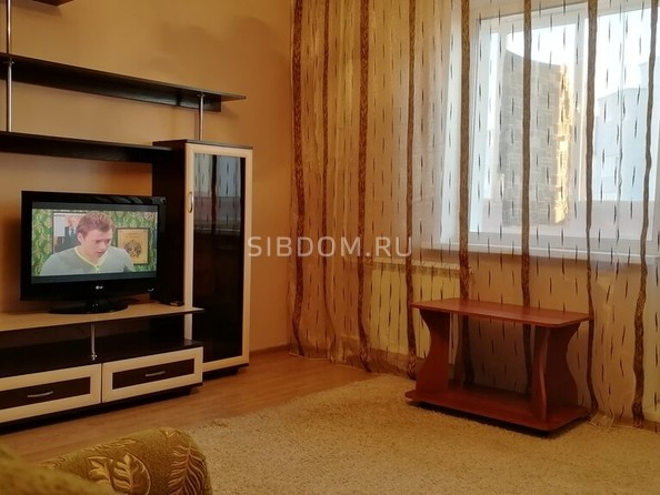Сдам посуточно в аренду 2-комнатную квартиру, 65 м2, Барнаул. Фото 4.