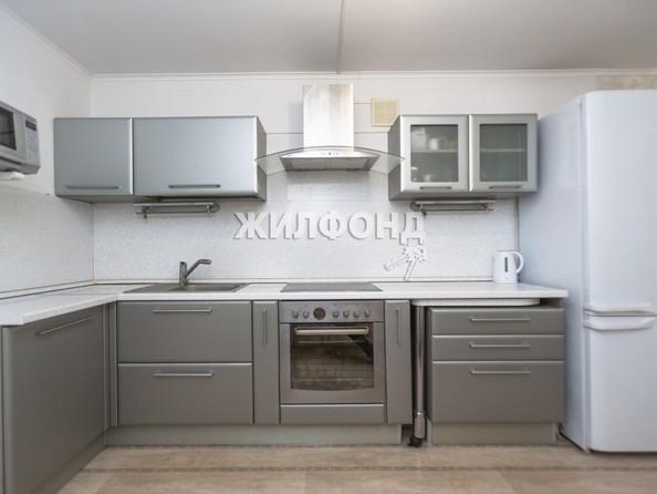 Продам 4-комнатную, 129.5 м2, Малахова ул, 119. Фото 11.