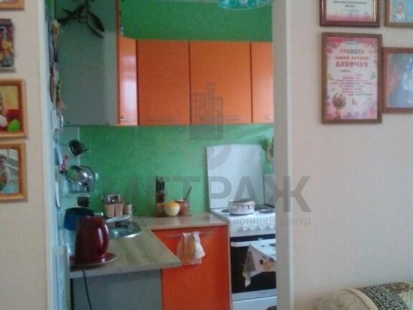 Продам 2-комнатную, 45 м2, Октябрьская ул, 2А. Фото 1.