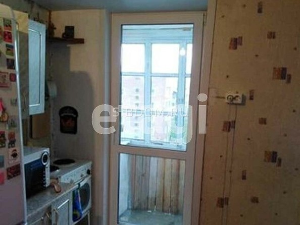 Продам 2-комнатную, 32 м2, Гагарина ул, 62. Фото 3.