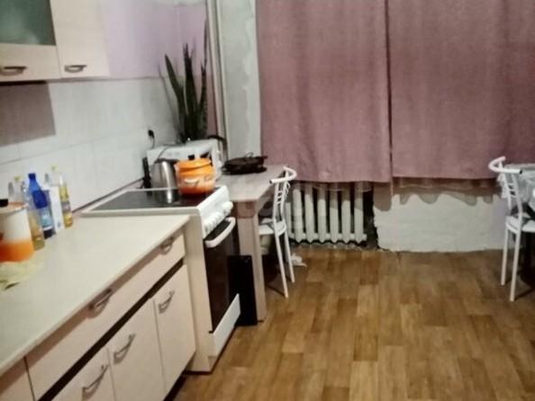 Продам 2-комнатную, 58.2 м2, Гастелло ул, 15. Фото 1.