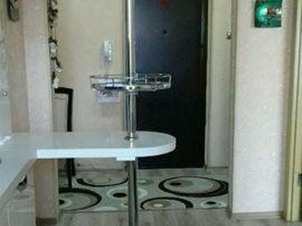 Продам 2-комнатную, 49 м2, Ключевская ул, 64А. Фото 5.