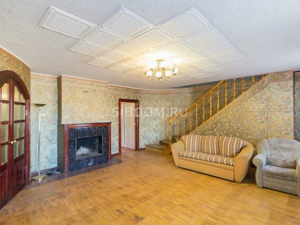 Продам 5-комнатную, 130 м², Ринчино ул, 26. Фото 4.