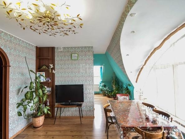 Продам 4-комнатную, 110 м², Ключевская ул, 144. Фото 2.