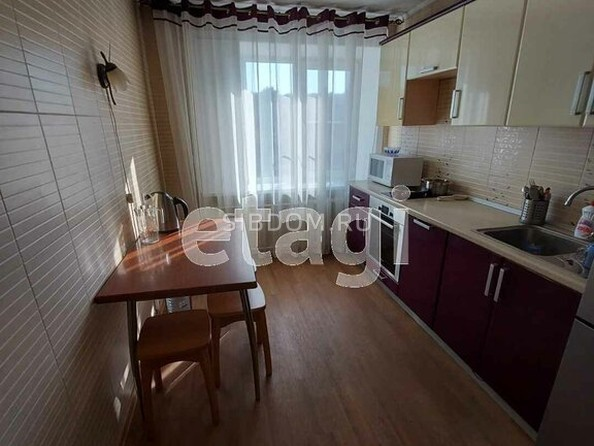 Продам 3-комнатную, 63 м2, Чертенкова ул, 51. Фото 2.