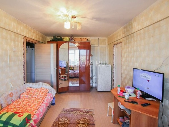 Продам 4-комнатную, 58.3 м2, Чкалова ул, 18. Фото 5.