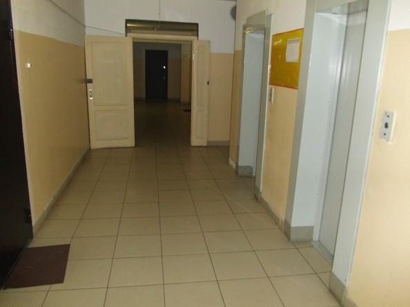 Продам 3-комнатную, 60.8 м2, Павлова ул, 64а. Фото 22.