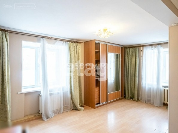 Продам 2-комнатную, 42.9 м2, Гагарина ул, 17. Фото 2.