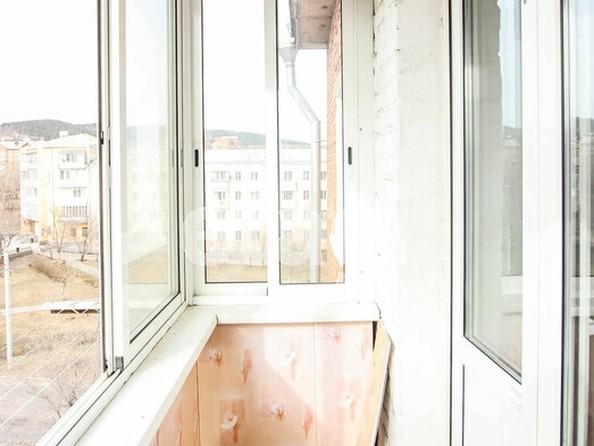 Продам 4-комнатную, 63.3 м², Октябрьская ул, 1А. Фото 4.