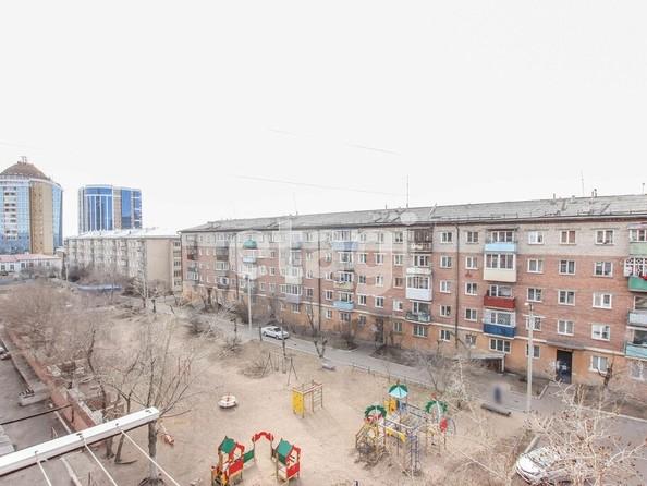 Продам 4-комнатную, 63.3 м², Октябрьская ул, 1А. Фото 5.