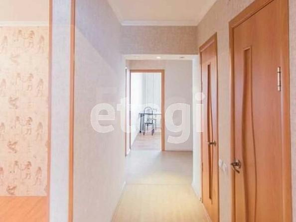 Продам 4-комнатную, 70.1 м², Чертенкова ул, 51. Фото 2.