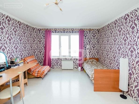 Продам 3-комнатную, 80 м2, Ключевская ул, 70А. Фото 1.