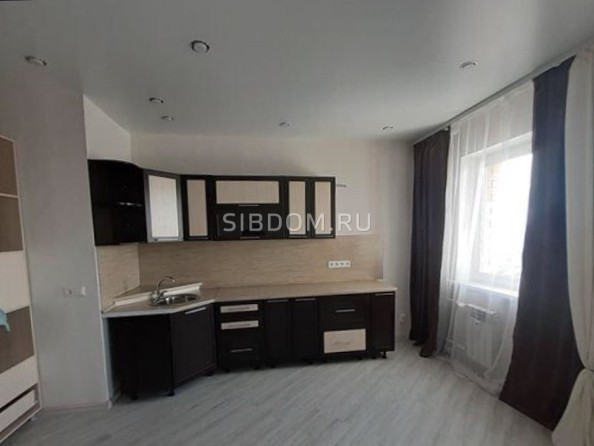 Продам 1-комнатную, 38 м2, Рябикова б-р, 102. Фото 3.
