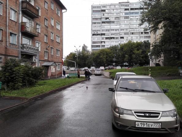 Сдам в аренду 3-комнатную квартиру, 60 м², Кемерово. Фото 2.